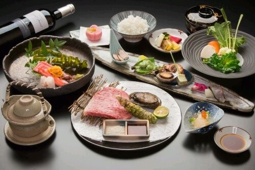 Premium Beef Steak Kaiseki Course ¥10,000