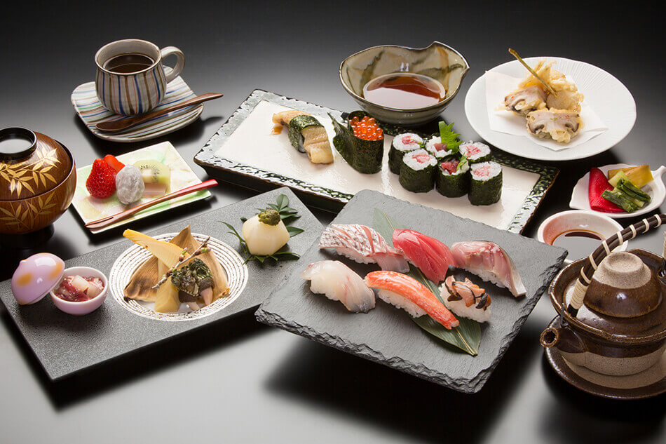 Sushi Lunch ¥3,800