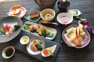 Omakase (Chef's special) Kaiseki Course ¥6,000 *The photos are for 10,000 yen course